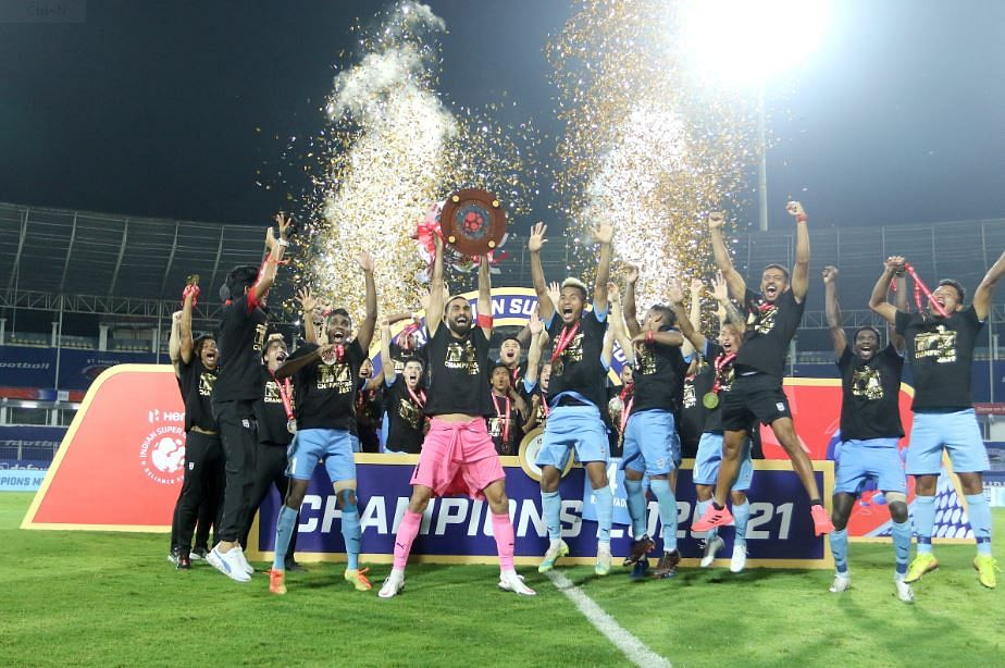 Mumbai City FC players celebrate after the victory