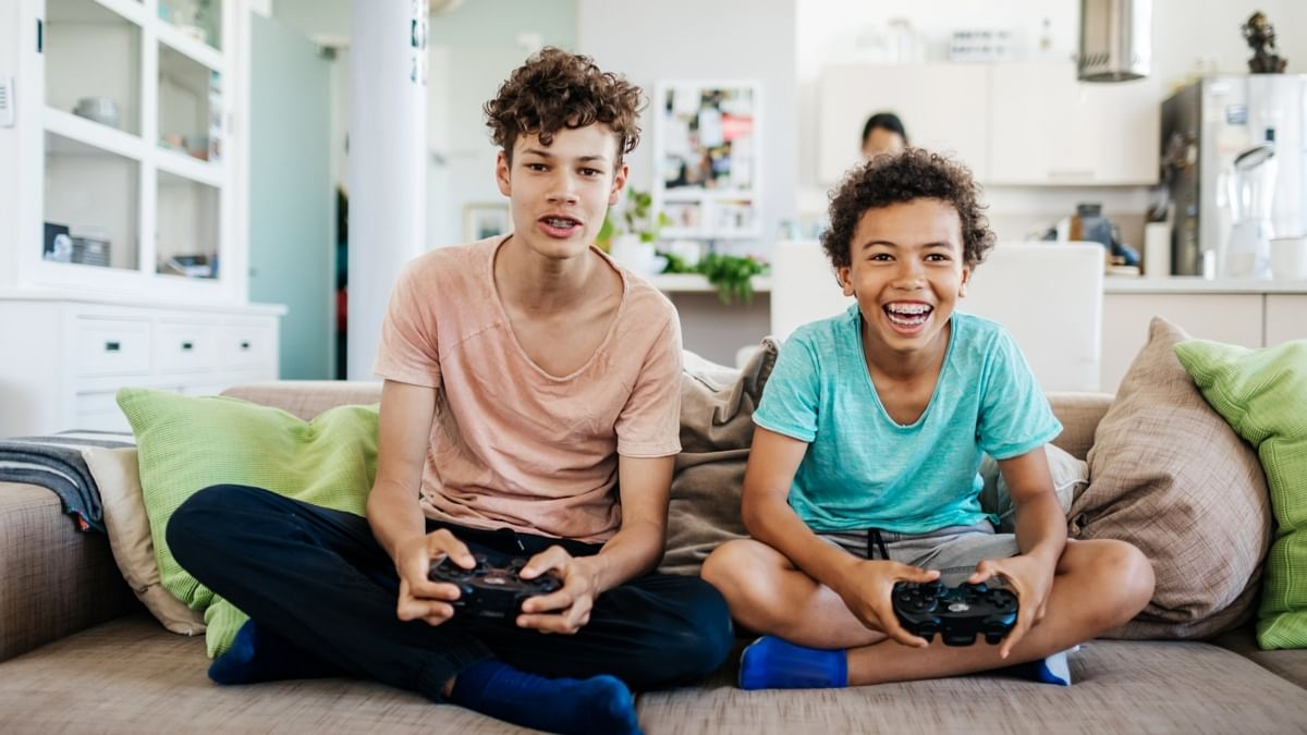 Boys who play video games have lower depression risk, says a study