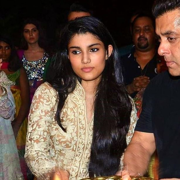 Salman Khan's niece Alizeh to make Bollywood debut alongside Sunny Deol's younger son, Rajvir?