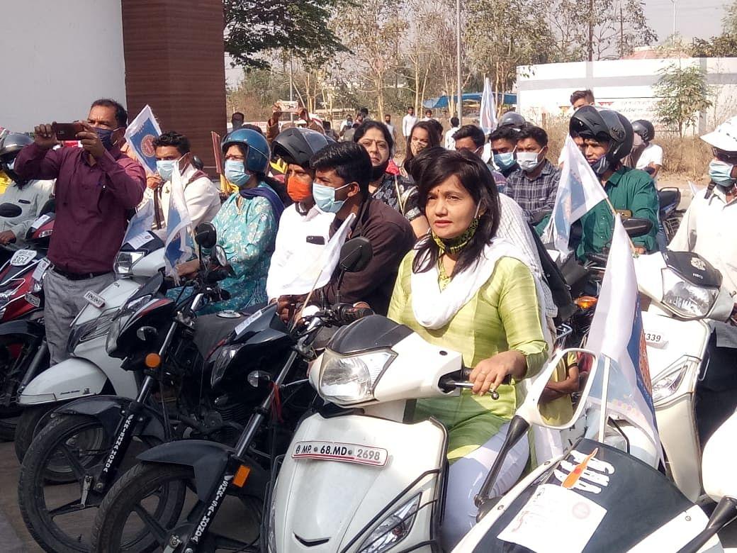 Two-wheeler rally was organised in Burhanpur on Tuesday to promote Ayushman Bharat Yojana