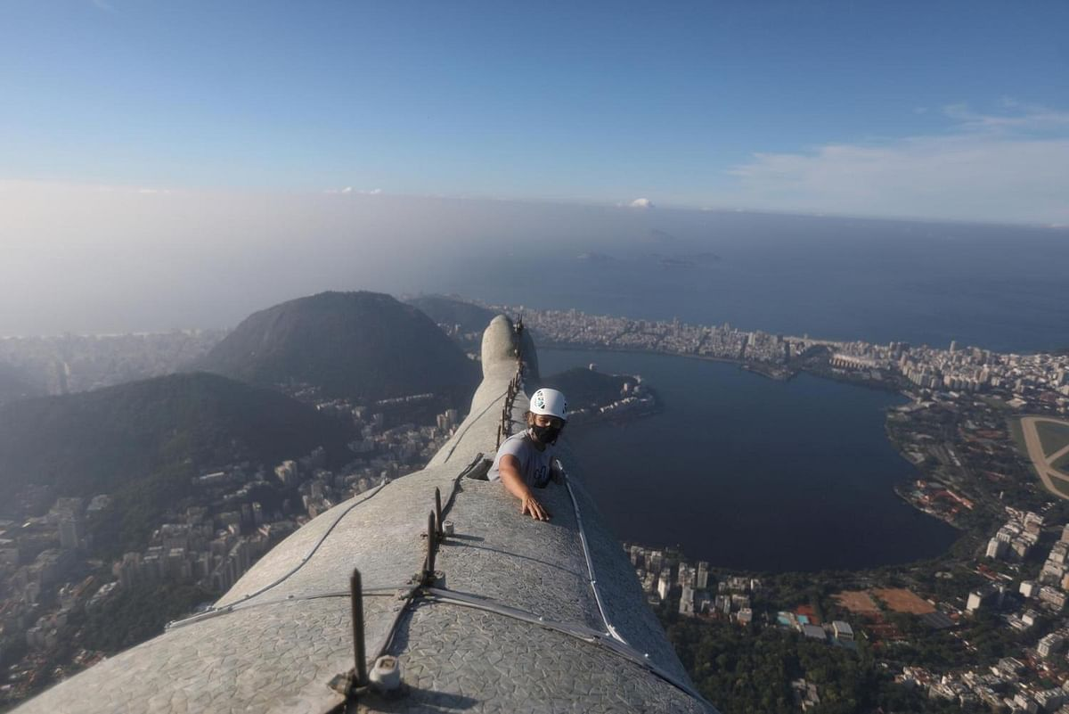PHOTOS: Angelic pictures of the Christ the Redeemer statue captured at sunrise
