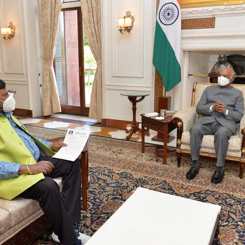 Ramdas Athawale meets President Ram Nath Kovind, demands President's Rule in Maharashtra