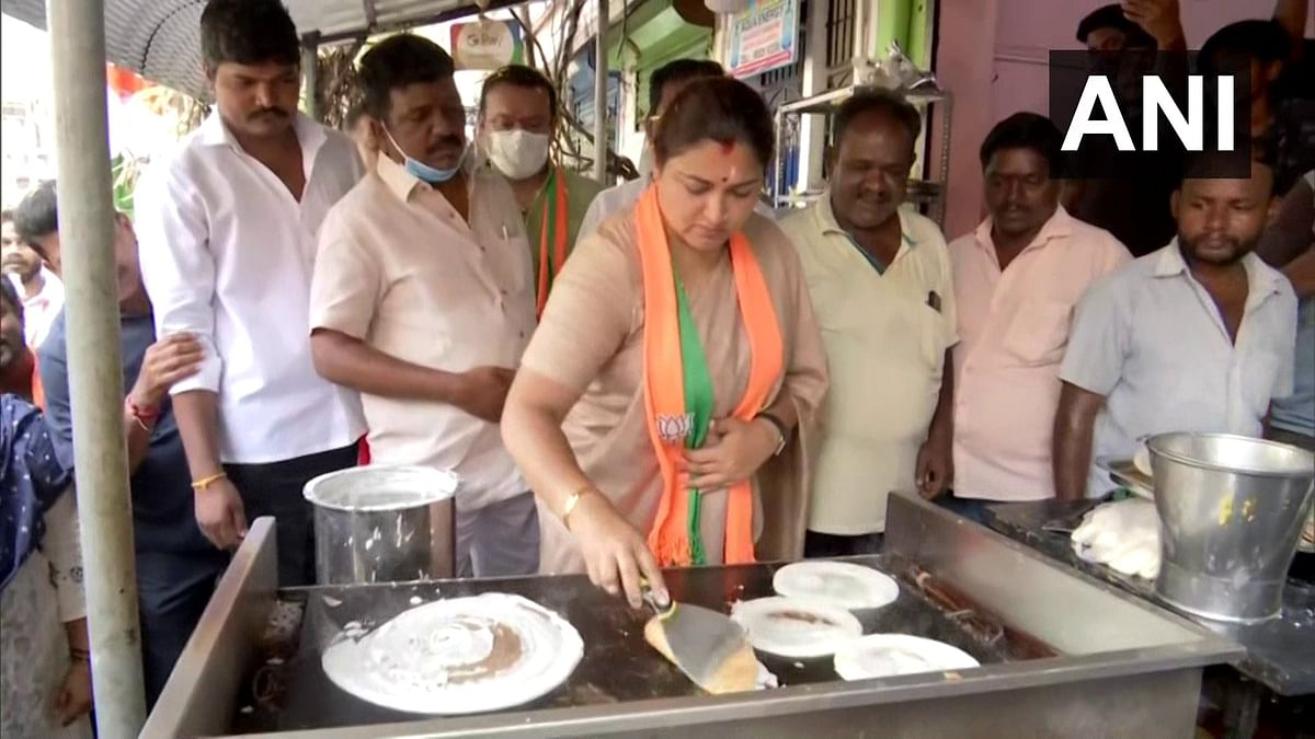 Tamil Nadu Assembly polls 2021: Dosas for votes, Mango for mandate. Candidates go all out to woo voters