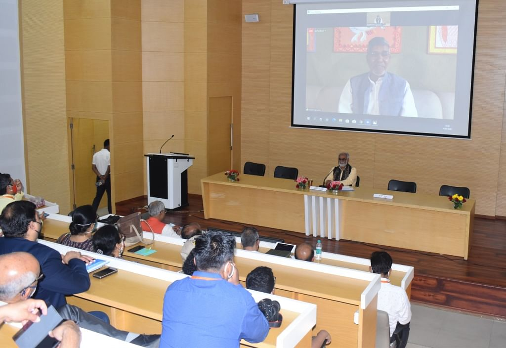 Delegates listening to Kailash Satyarthi  at Sarthak EduVision, 2021 in Bhopal on Tuesday