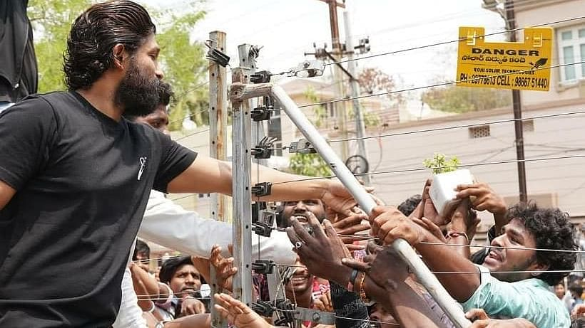'High level clowns': Netizens slam Allu Arjun fans for gathering in large numbers amid COVID-19 pandemic