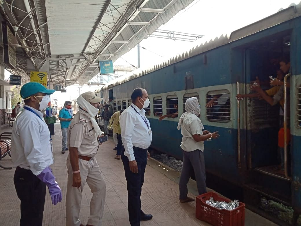 Nilesh Lal inspects an incoming Shramik Express train.