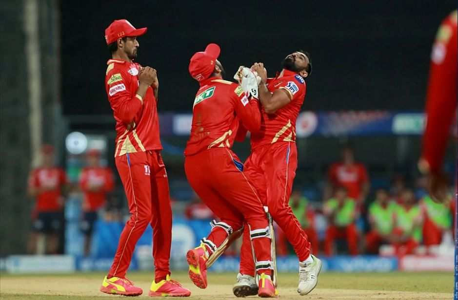 IPL 2021 Live Score: RR vs PBKS - RR 46-2 in 4.4 overs; Shami removes Stokes for a duck in first over; KL Rahul anchors Punjab Kings with well-made 91; debutant Sakariya impresses with the ball