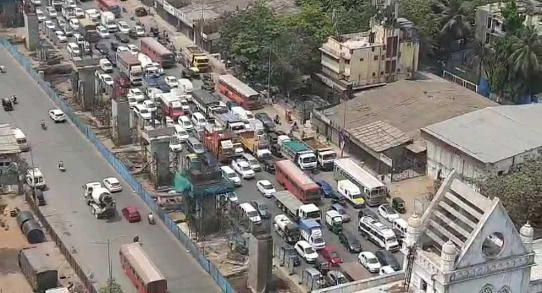 Lockdown in Mumbai: Traffic snarls at city entry points, nakabandis to crackdown on violators