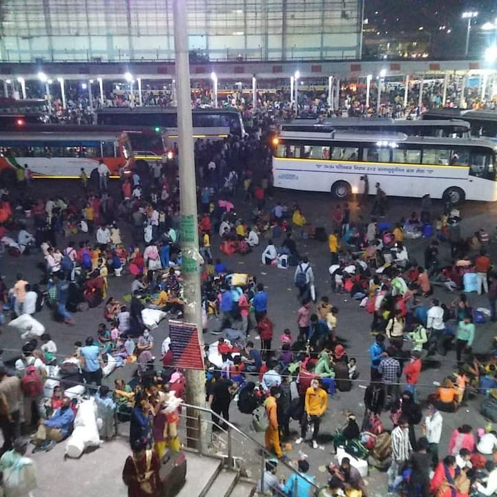 COVID-19: As Delhi goes under lockdown, migrant workers scramble to leave the national capital