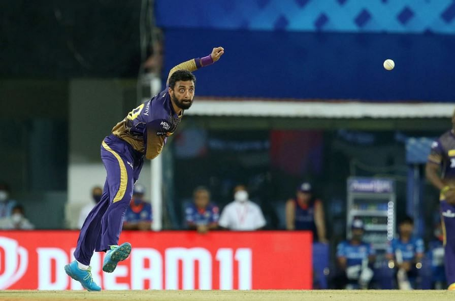 IPL 2021 Live Score: MI vs KKR - MI 42-1 in 6 overs; Varun Chakravarthy removes de Kock for 2 runs