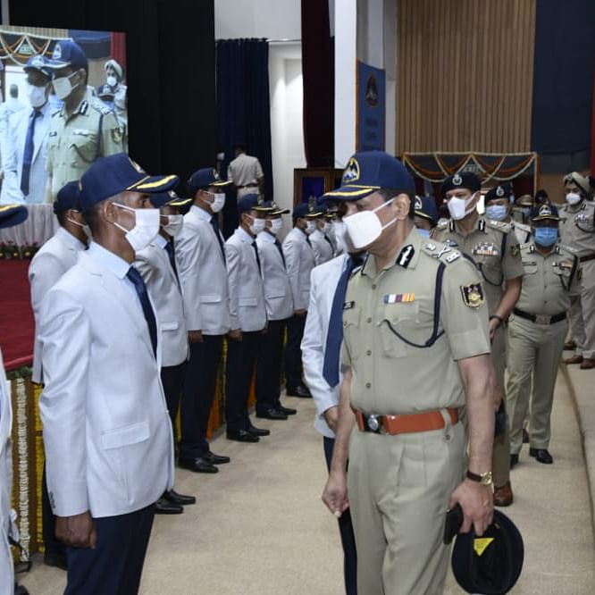 CAPF's mission to scale Mt Everest and Mt Lhotse Flagged off