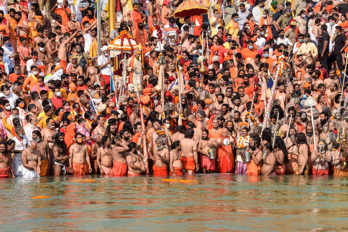 Ram Gopal Varma, Anubhav Sinha and others react to 1,700 people testing COVID-19 positive at Kumbh Mela