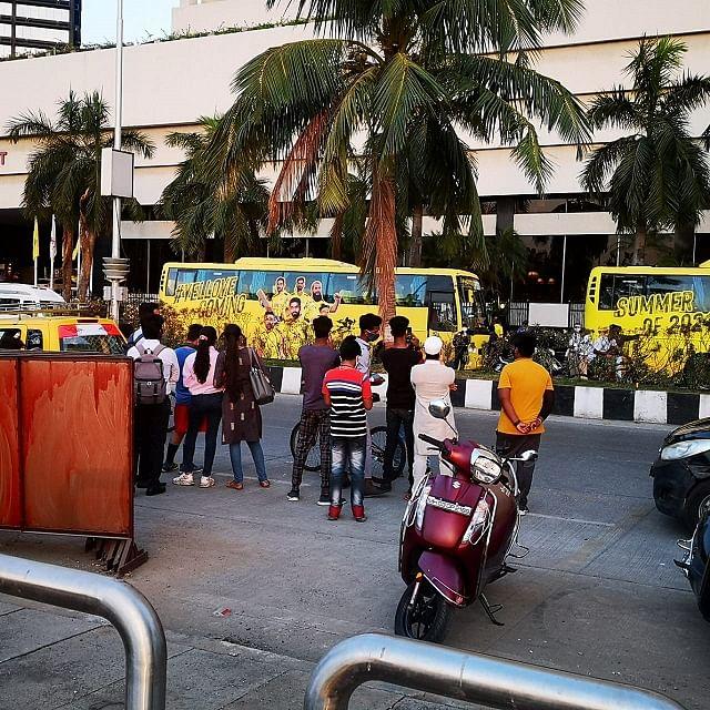 Mumbai: Marine Drive residents urge CM to shift IPL venue from Wankhede