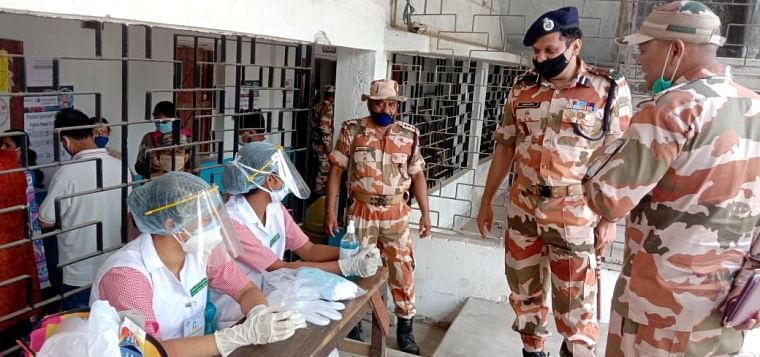 West Bengal: Polling adjourned in Cooch Behar booth after 4 killed in CISF firing