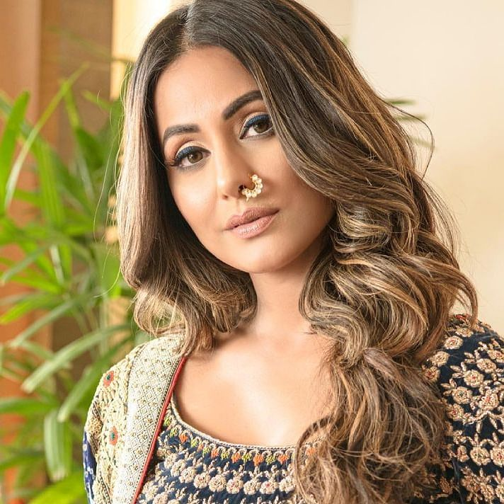 Days after father's demise, Hina Khan tests positive for COVID-19