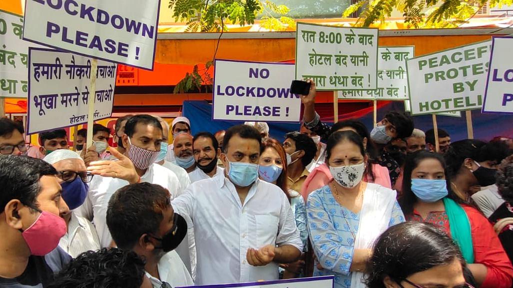 Mumbai: Congress leader Sanjay Nirupam slams MVA for 'ruining' business of restaurants and hotels by imposing night curfew