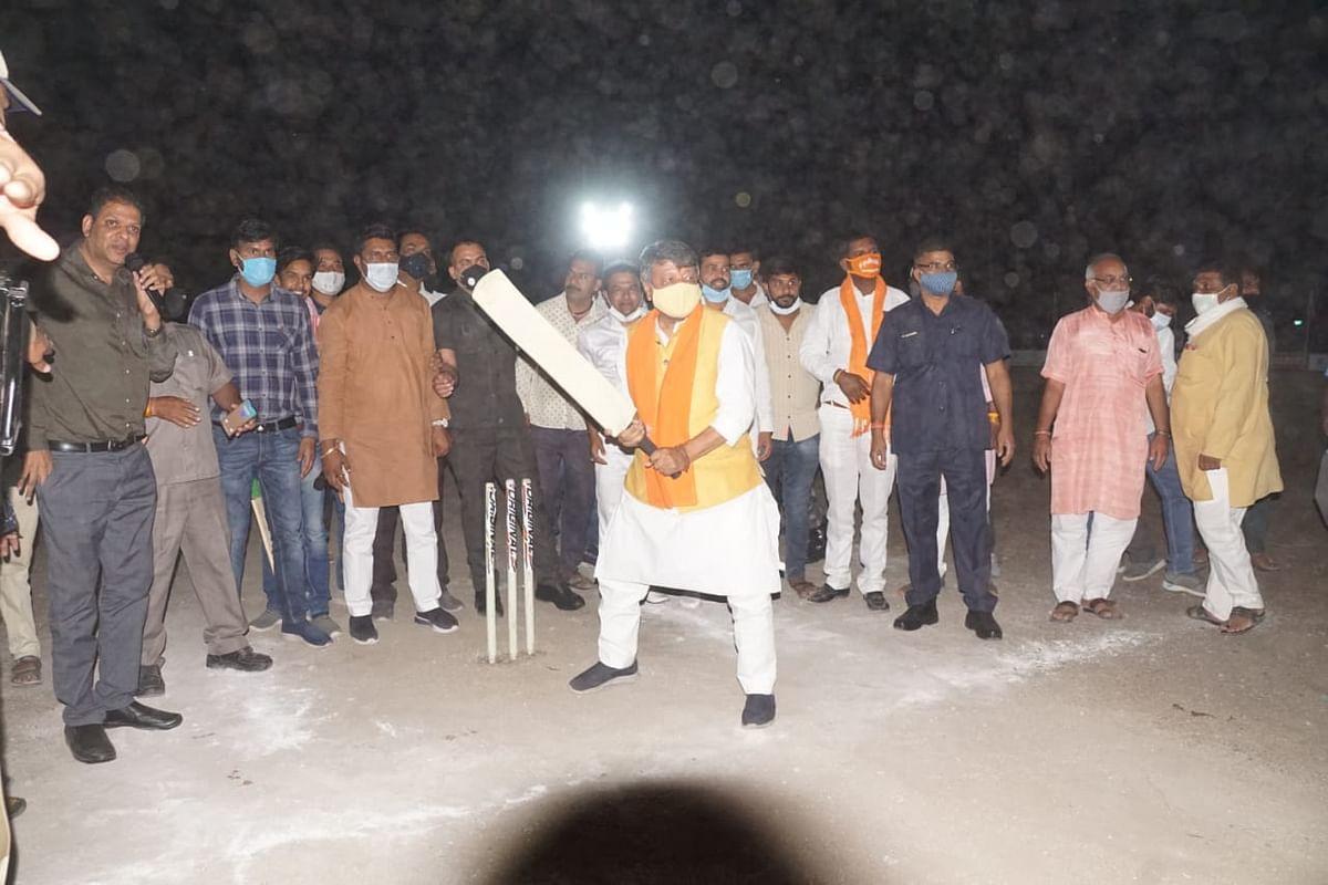 National BJP general secretary Kailash Vijayvargiya at night cricket tournament