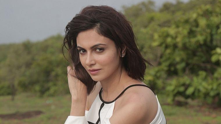 I didn't want to play the quintessential pretty girl: 'Chakravyuh' actor Simran Kaur Mundi