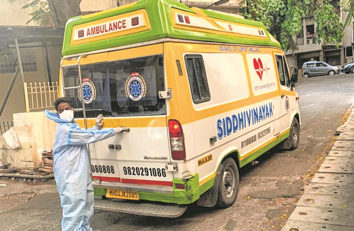 Shortage of beds in Thane, Covid patient waits for hours at home