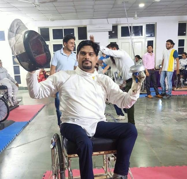 Guna: Deepak Sharma wins bronze medal in National Para Olympic Wheelchair Fencing Championship