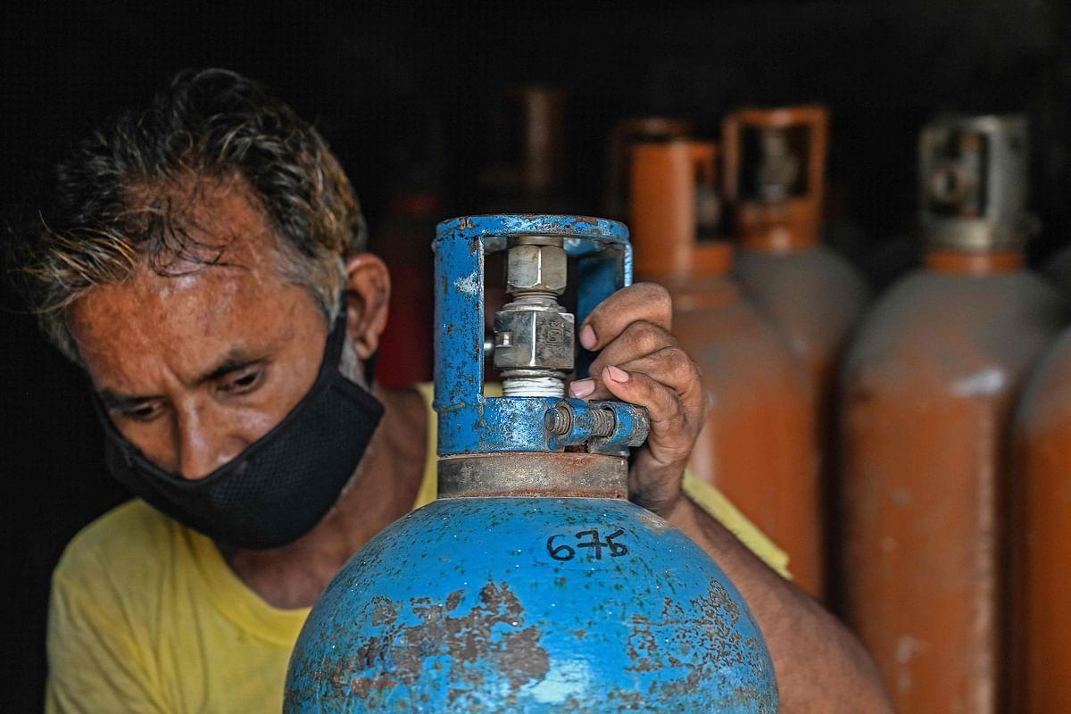Mumbai: Doing best to provide oxygen and Remdesivir, says Rajesh Tope