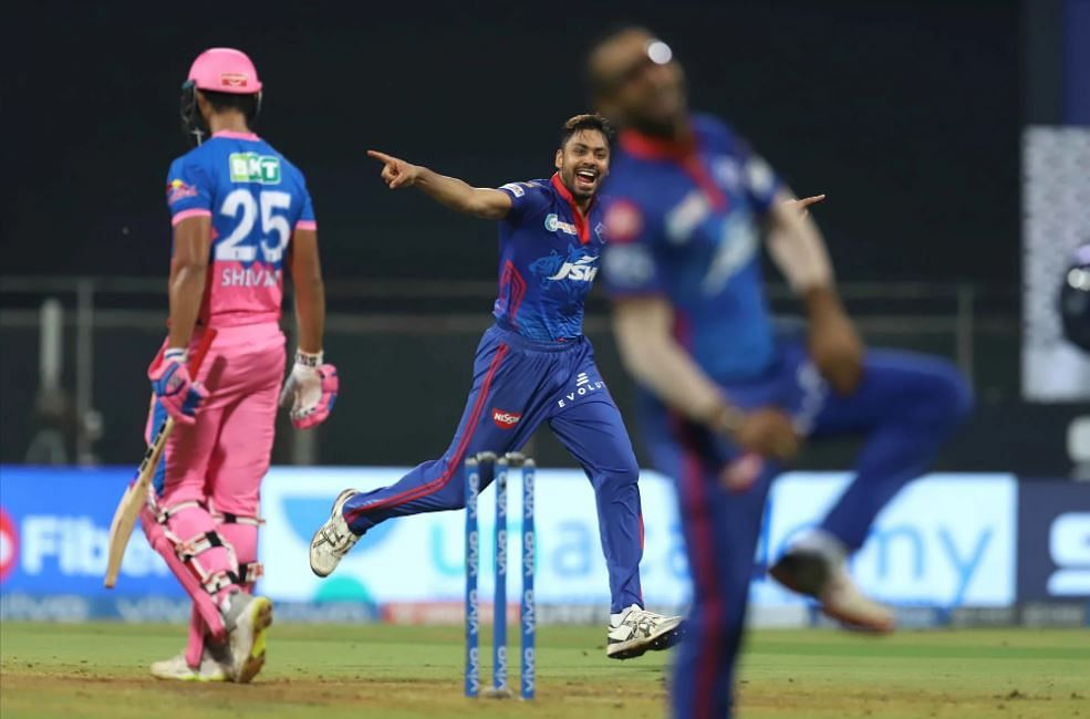 IPL 2021, RR vs DC Live Score: RR - 121-7 in 18 Overs; Miller departs after 50, Royal hopes rest on Morris; Rabada, Woakes rock Rajasthan with early wickets