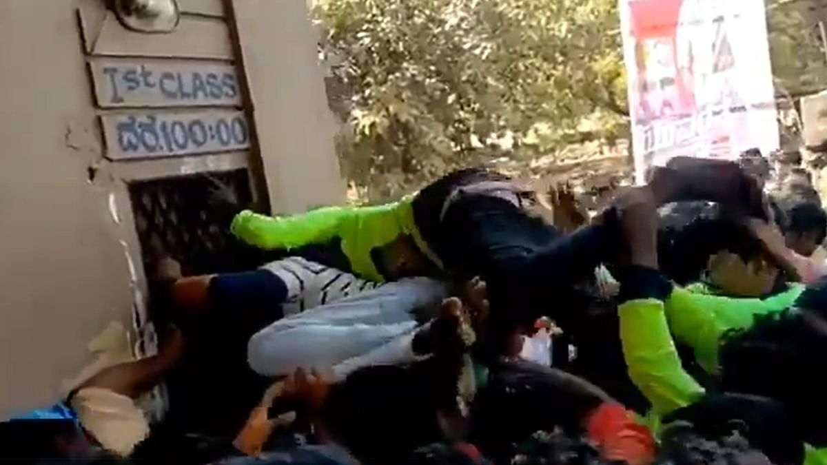 Watch: Video of unruly crowd at movie theatre screening Puneeth Rajkumar's film 'Yuvarathnaa' goes viral