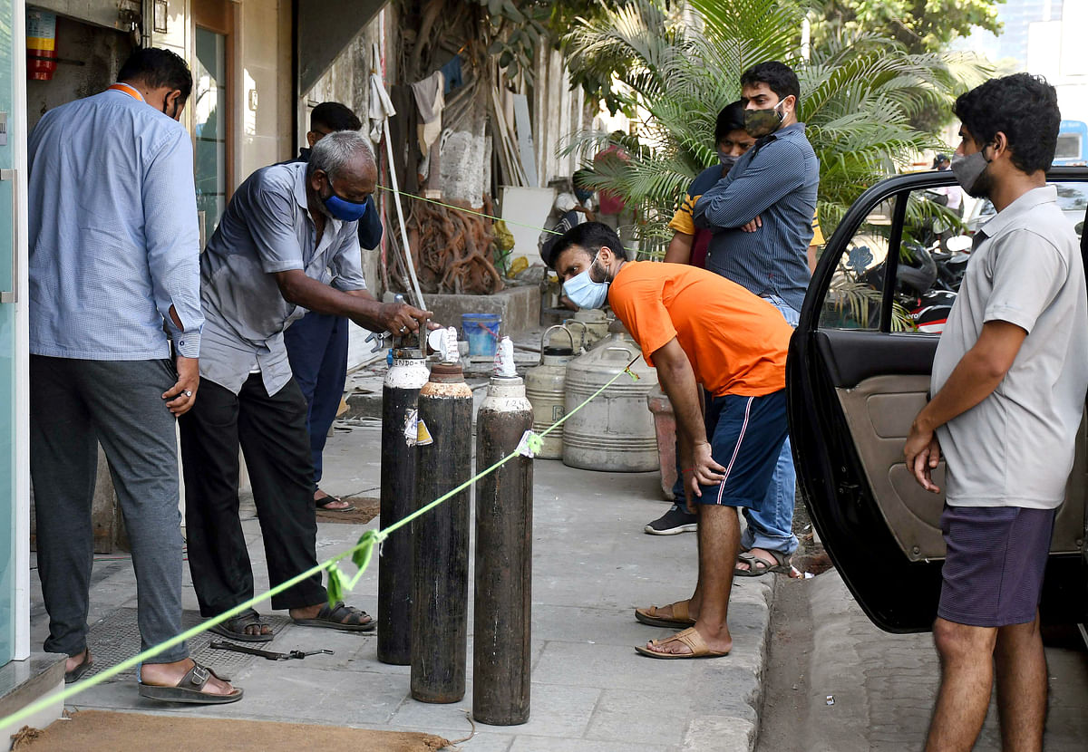 Madhya Pradesh: CM Shivraj Singh Chouhan holds talks with PM Modi, seek help for solving the oxygen supply problem