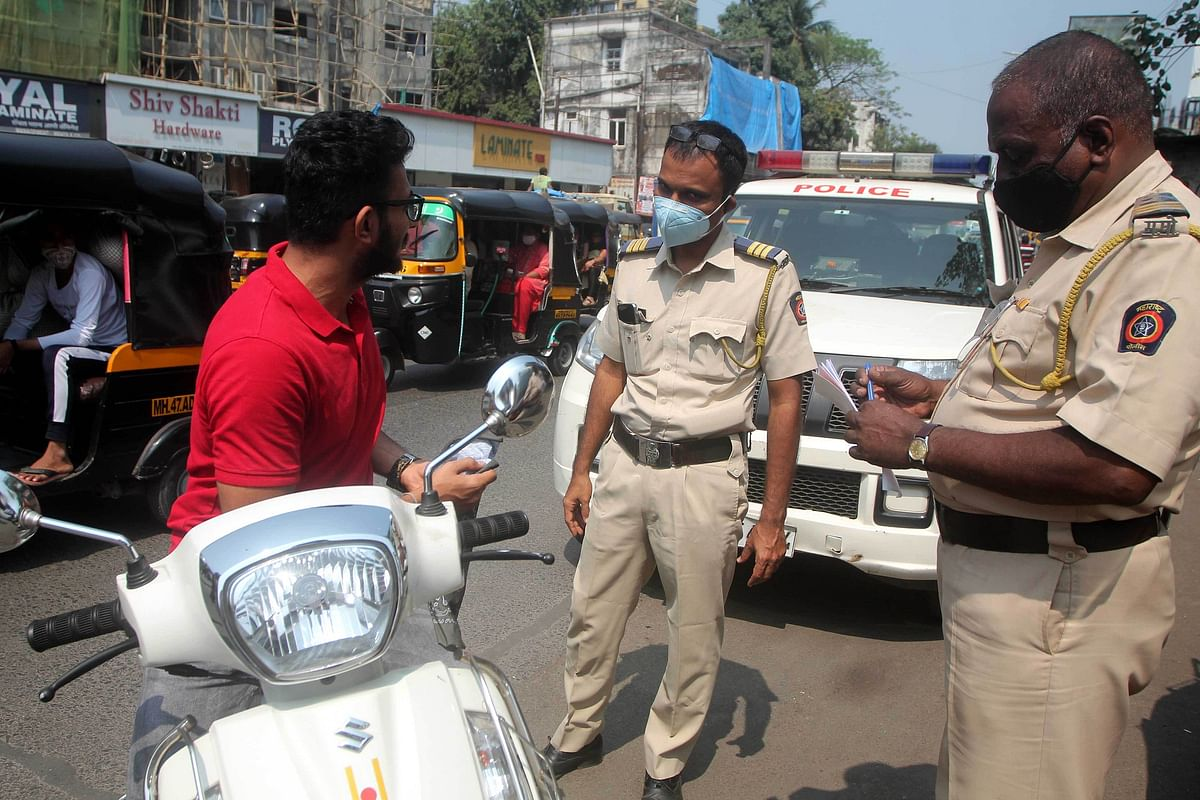 Mumbai: Police book 1,058 people for lockdown violations