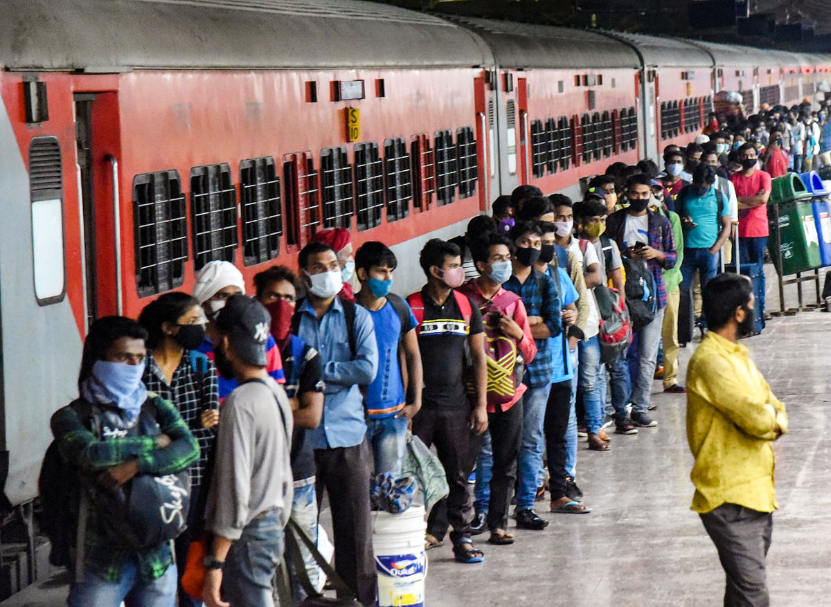 Maharashtra declares five states and Delhi as places of 'sensitive origin'; issues guidelines for long-distance trains