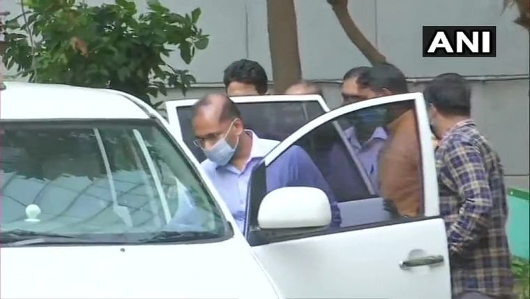 Ambani bomb scare case: Special  holiday court sends Sachin Vaze's aide Riyaz Qazi to NIA custody till April 16
