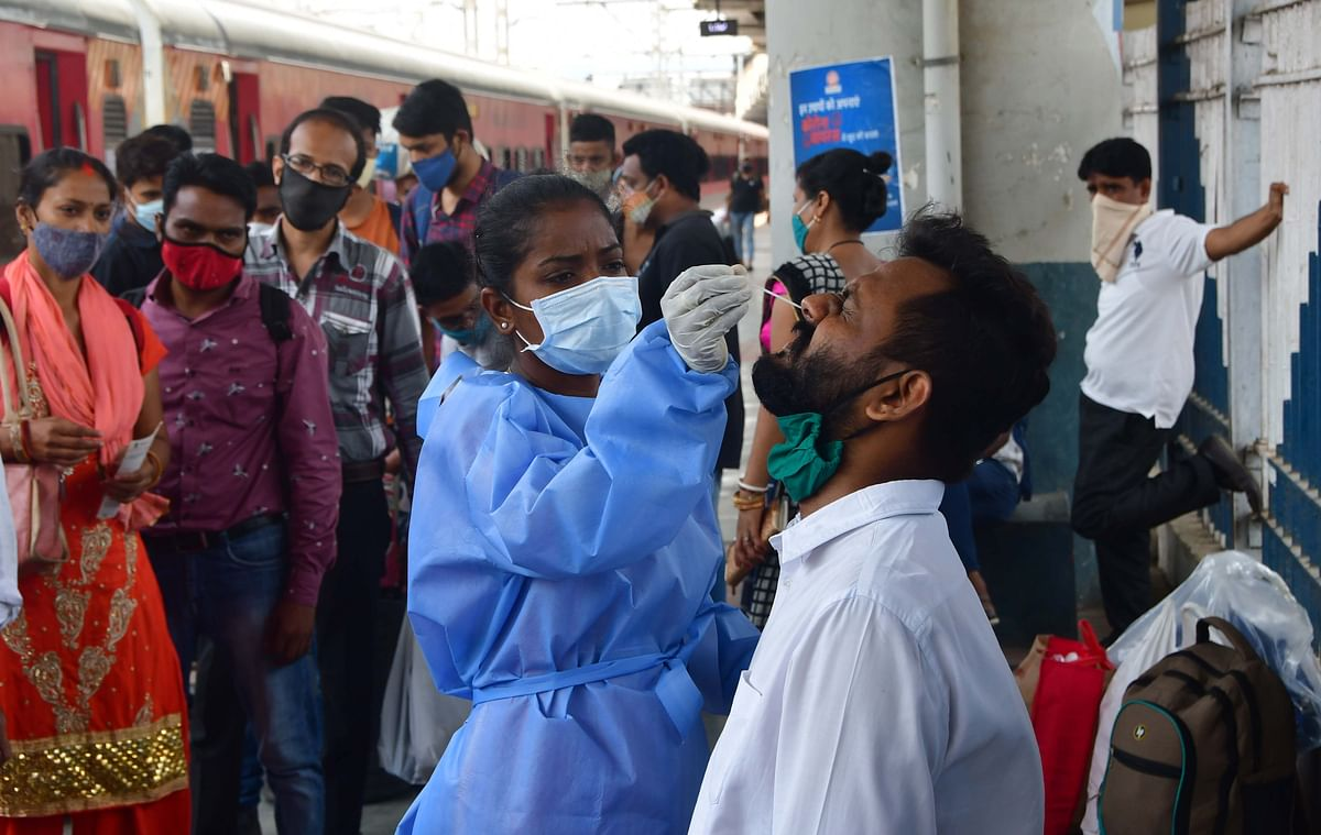 COVID-19: Mumbai reports a dip in cases as 6,905 test positive, 43 succumb to virus on April 12