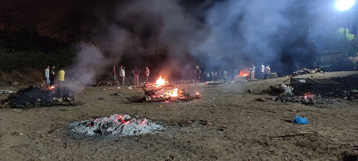 Open air cremation in Surat, Gujarat