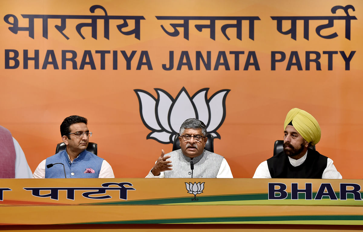 New Delhi, Apr 05 (ANI): UnionMinister of Law and Justice Ravi Shankar Prasad addresses a press conference at BJP HQ in New Delhi on Monday.