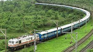 Ratlam: Ahemdabad-Kolkata train resumes, to benefit passengers in western Madhya Pradesh