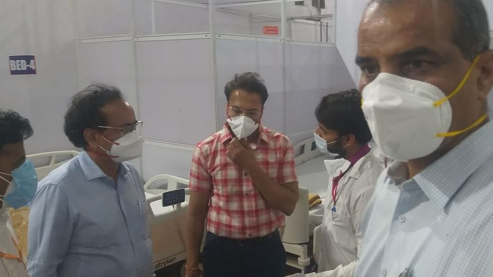 Central team visits Mumbai's BKC COVID-19 vaccination centre to review situation