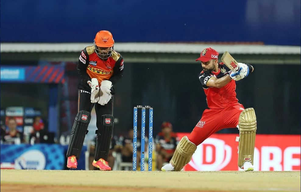 IPL 2021: RCB vs SRH - RCB 95-4 in 13.4 overs; AB de Villiars, Kohli back in dugout; Bhuvneshwar, Nadeem and Rashid keep RCB in check; Padikkal out for 11