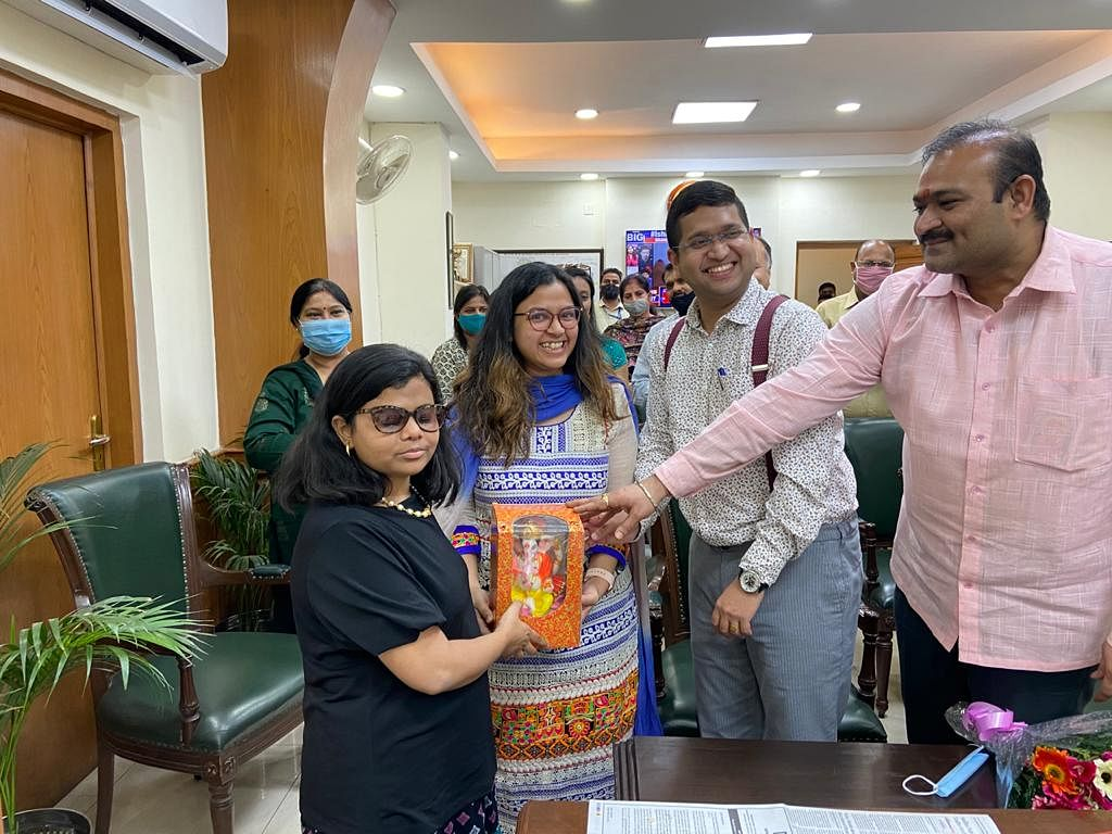 Meet Pranjal Patil, visually impaired IAS officer from Ulhasnagar, who took charge as Deputy Municipal Commissioner in South Delhi