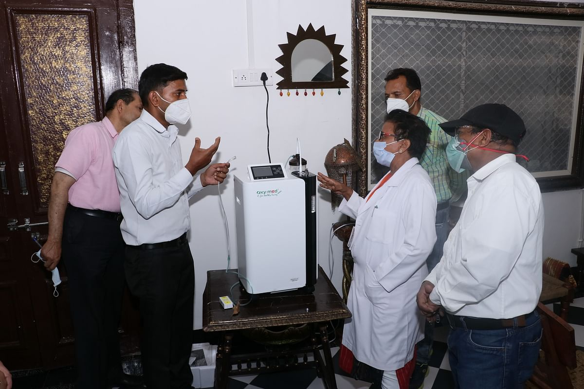 Dhar: District gets 10 hitech oxygen concentrators on initiative of collector