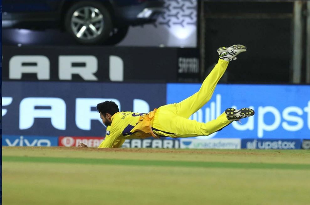 IPL 2021, CSK vs PBKS Live Score: CSK - 32-1 in 6 Overs; SRK takes Kings past 100 after Deepak Chahar takes 4 for 13