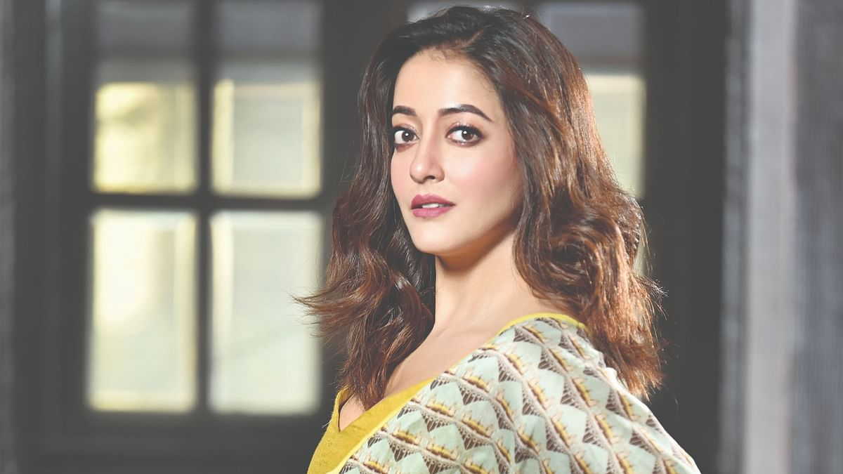 It's important to keep our personal lives to ourselves, believes 'The Last Hour' star Raima Sen