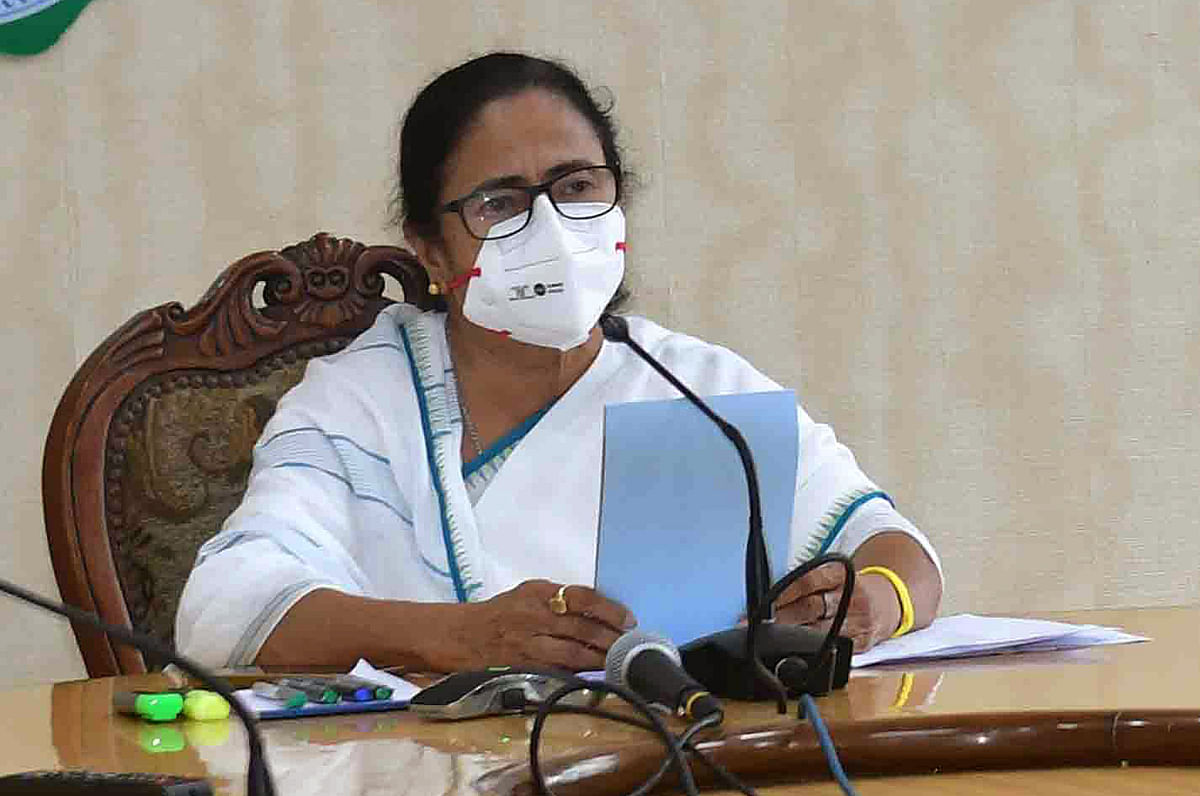 Narada scam: SC annuls Calcutta HC order refusing to accept replies of Mamata Banerjee, law minister