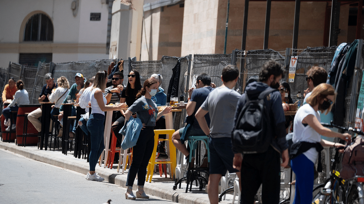 Spain lifts COVID-19 state of emergency; Spaniards celebrate carefully