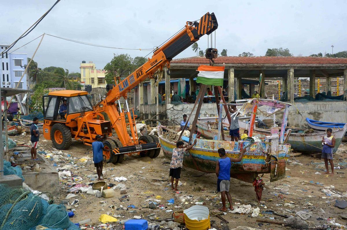 Mumbai: 134 small fishing boats drift toward MTHL site