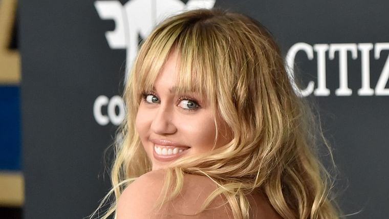 Miley Cyrus inks deal with NBCUniversal; to develop and appear in their projects