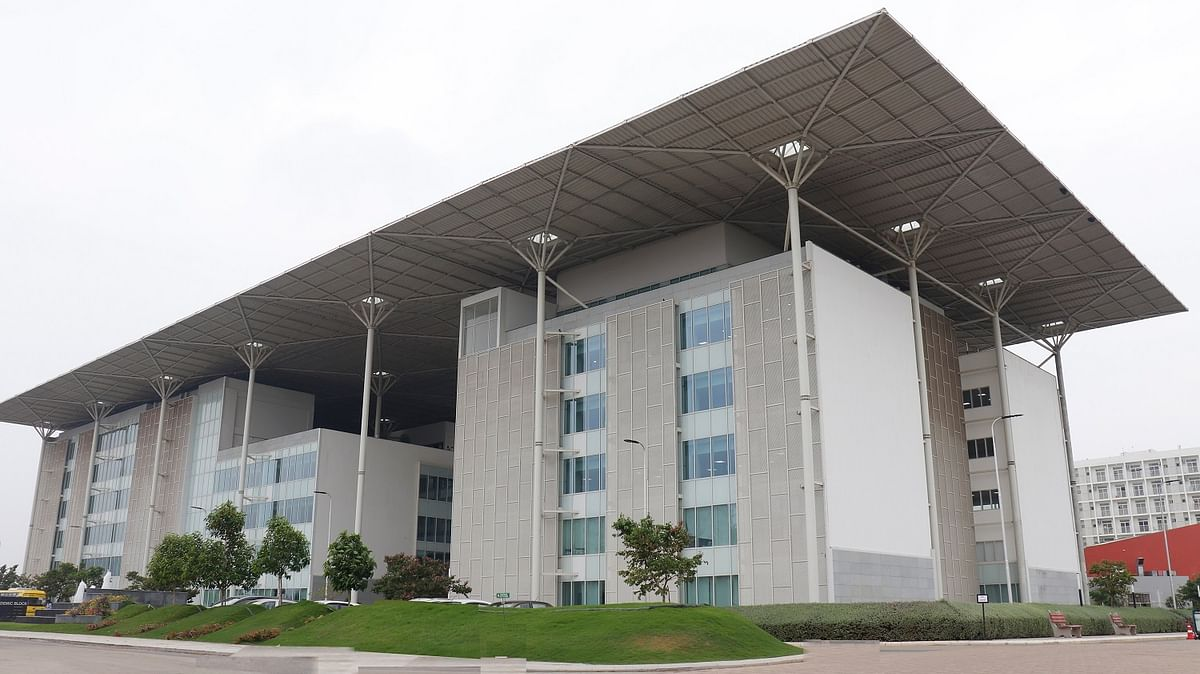 SRM University-AP celebrates the exorbitant success in Maiden Batch Placement 2021