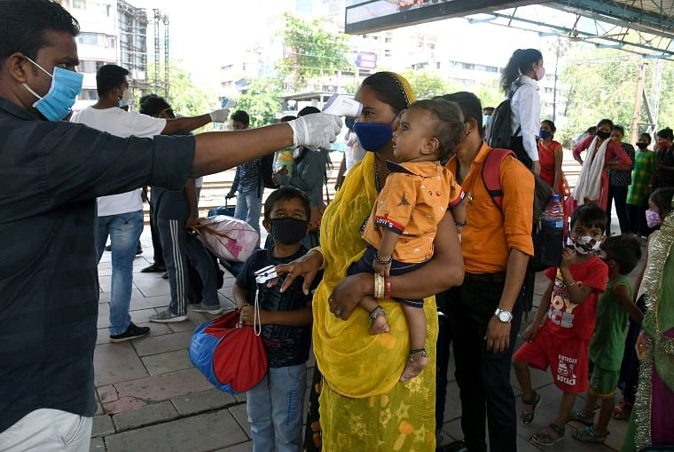 COVID-19: Mumbai reports 1,299 cases, 52 deaths on May 22