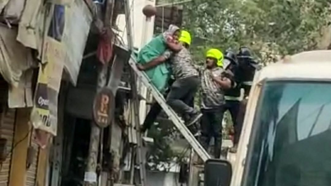 Thane: Five dead in Ulhasnagar building collapse