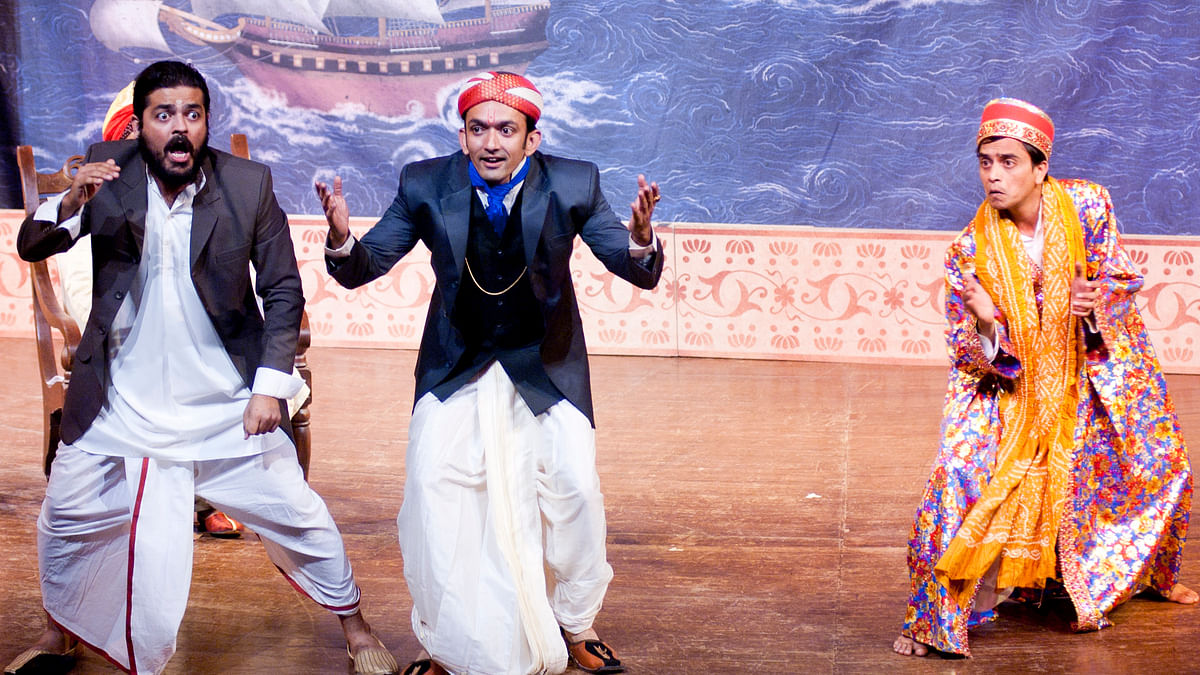 Theatre director Sunil Shanbag talks about Playing to Bombay, TheatreNama, and more