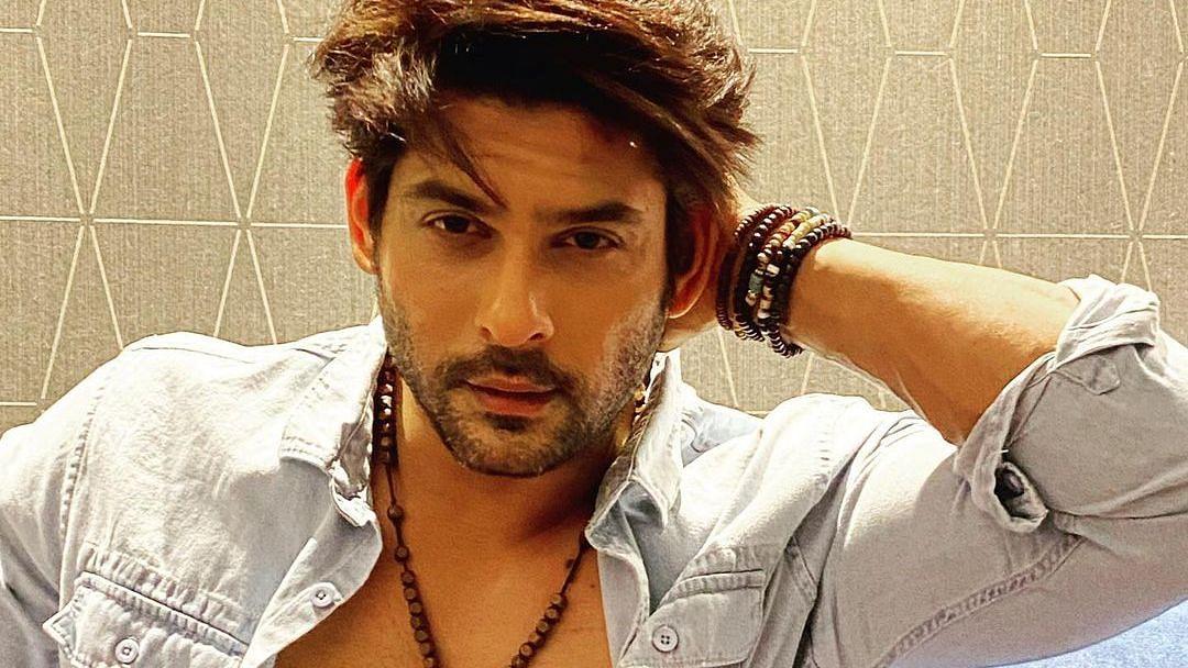 Sidharth Shukla to star in Prabhas's 'Adipurush'? Actor finally responds